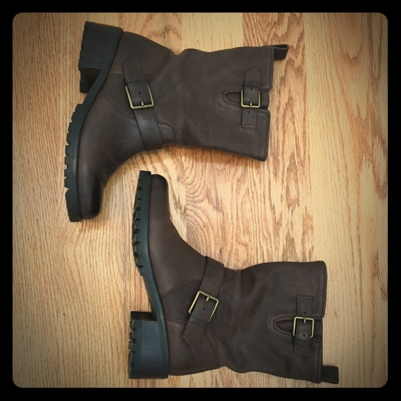 e542dac1b23fc Cole Haan Hemlock Moto Boots - size 6